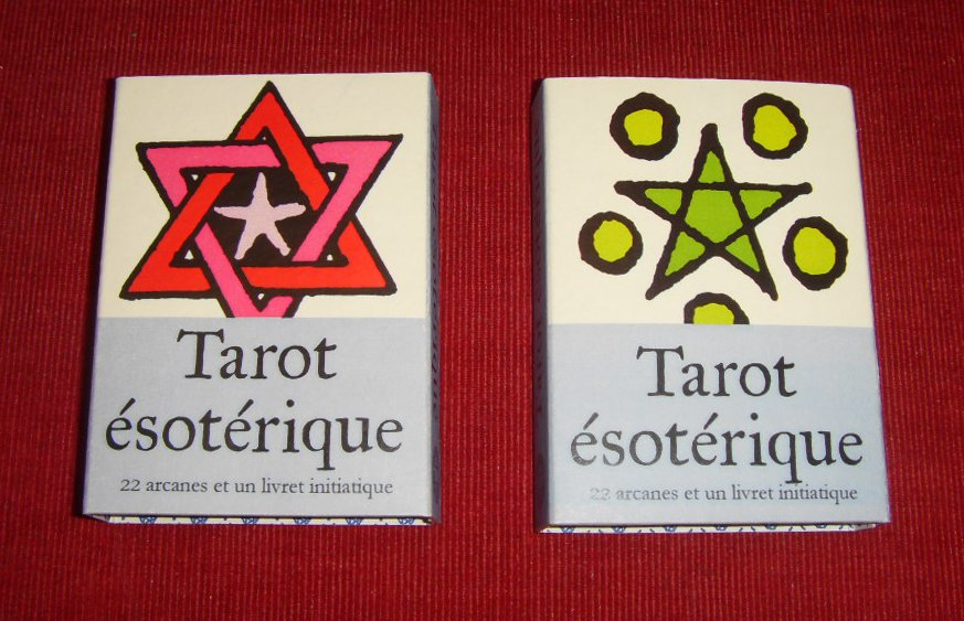 http://www.tarot-artisanal.fr/red-and-green.jpg